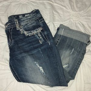 Miss Me bedazzled cropped jeans